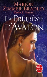 La Prêtresse d'Avalon (Le Cycle d'Avalon, Tome 4)